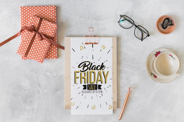Black friday mockup with clipboard