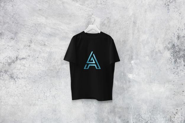 블랙 티셔츠 모형 디자인