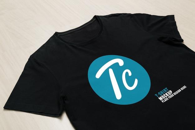 디자인을위한 블랙 티셔츠 모형 템플릿