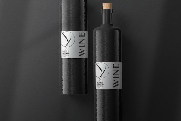 Изолированный дизайн макета бутылки черного вина