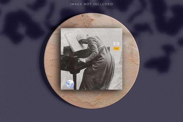 空白の正方形のcdレコードカバーパッケージ封筒テンプレート透明なプラスチックラップテクスチャオーバーレイ効果でモックアップ