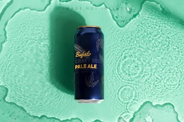 Синий макет металлический напиток, содержащий банку с тенью