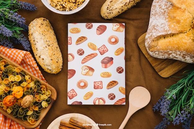 Макет макета книги с хлебом и макаронами