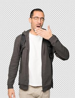 Скучно студент зевая жест