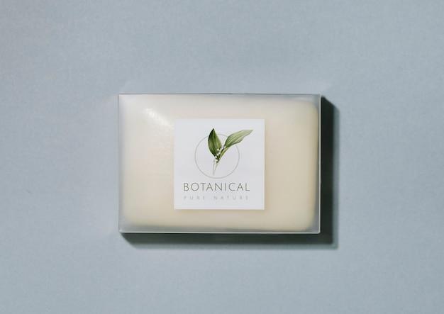 Mockup di packaging per barra di sapone botanico