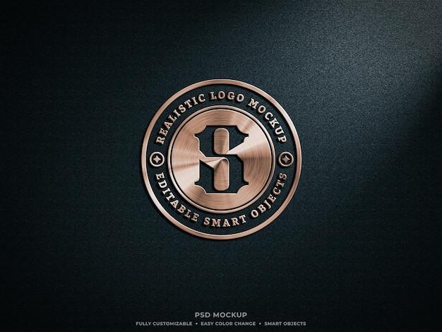 Мокап с блестящим логотипом из бронзы или меди и металла