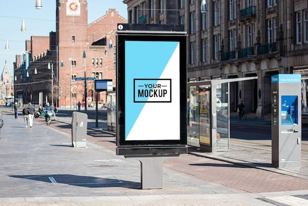 광고를위한 버스 정류장 포스터 모형 디자인