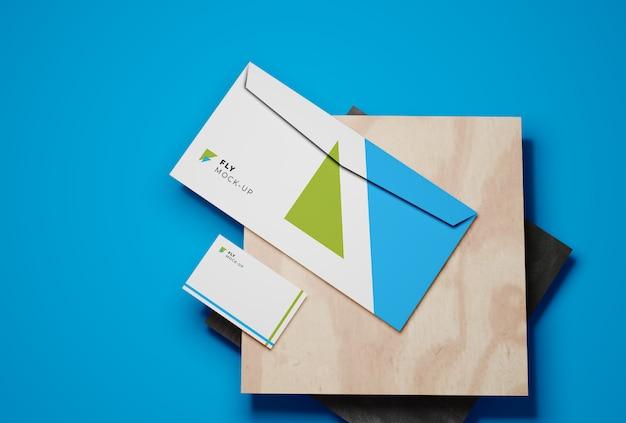 名刺と封筒