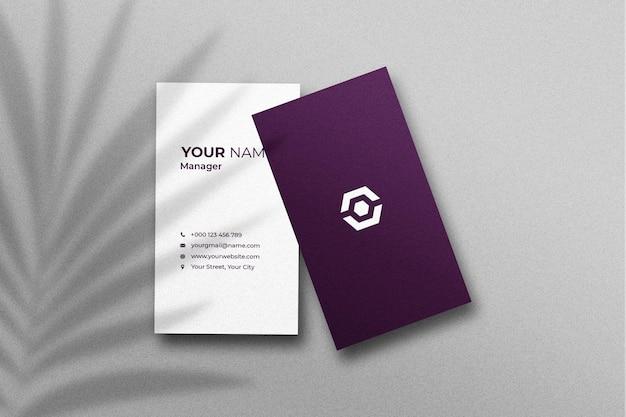 그림자가있는 명함 및 이름 카드 모형