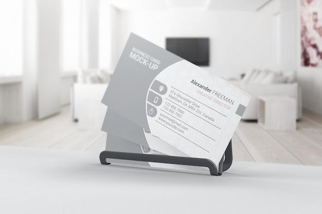 Макет визитной карточки в интерьере комнаты