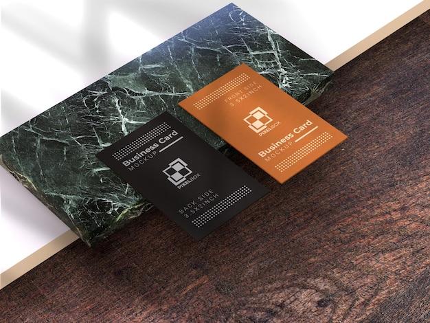 Мокап визитки с текстурой marbel