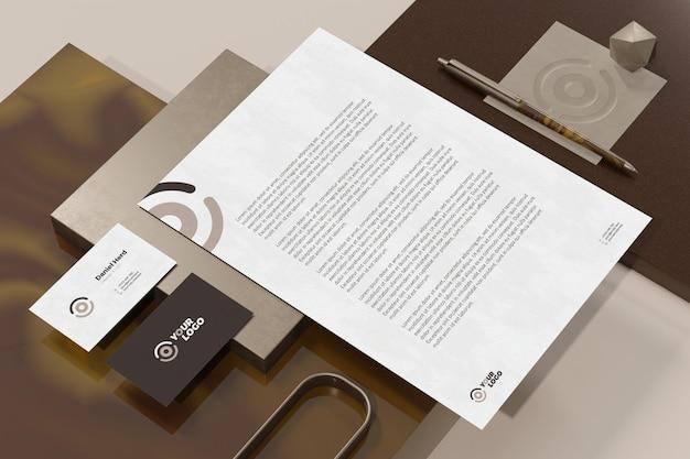 레터 헤드 문서 브랜딩 편지지 모형이있는 명함