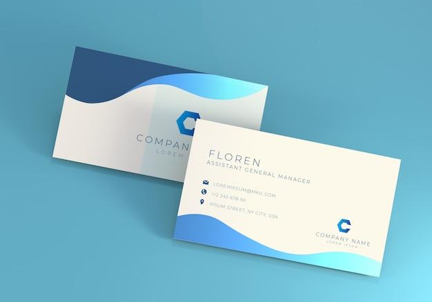 柔らかい青色の背景を持つビジネス名カードモックアップ