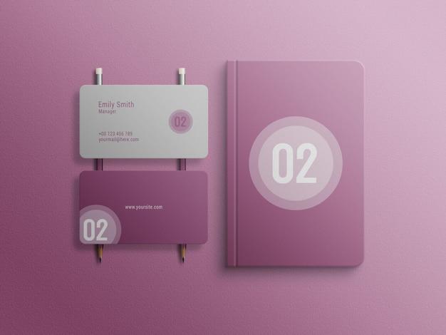 ビジネスカードとノートブックのモックアップ