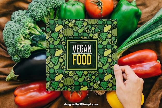 Mockup di carte con design vegetale