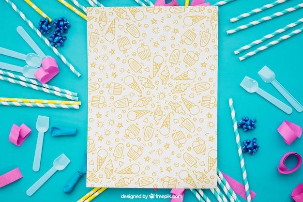 Праздничная композиция с бумагой