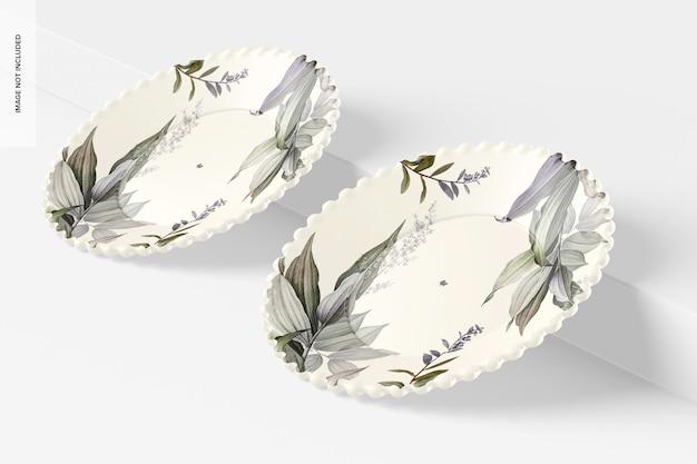 Мокап керамической десертной тарелки, наклонный