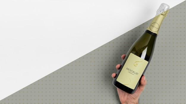 Spazio copia mock-up bottiglia di champagne