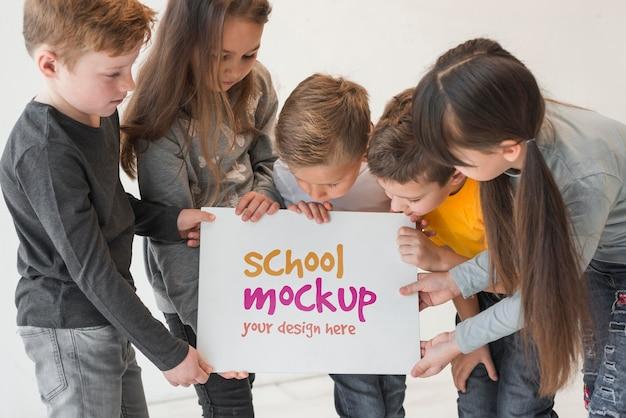 子どもたちのコミュニティコンセプトのモックアップ