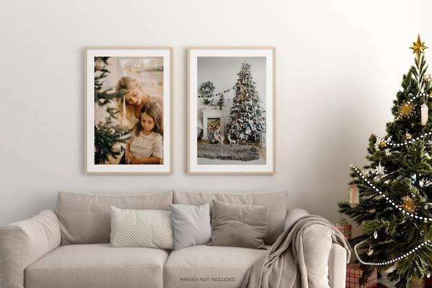 수평 나무 프레임으로 조롱하는 크리스마스 인테리어 포스터