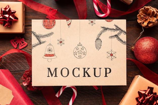 クリスマスのモックアップとギフト