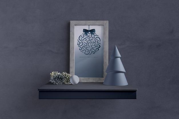 Natale dipinto sul modello di mensola