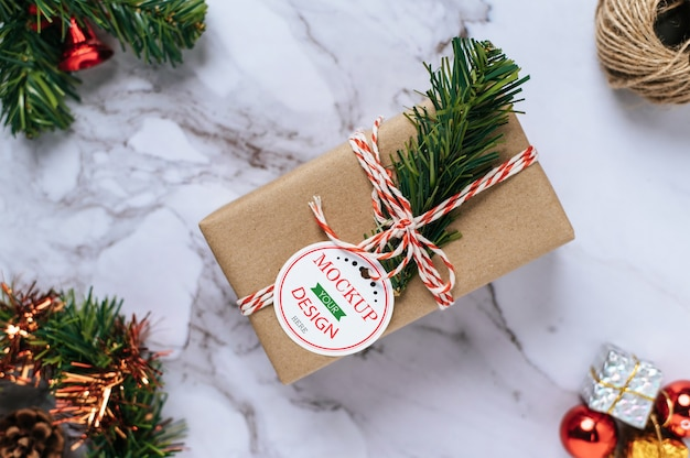 Christmas present tag on gift box psd