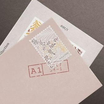 黒の封筒で上品な招待カードのモックアップpsd