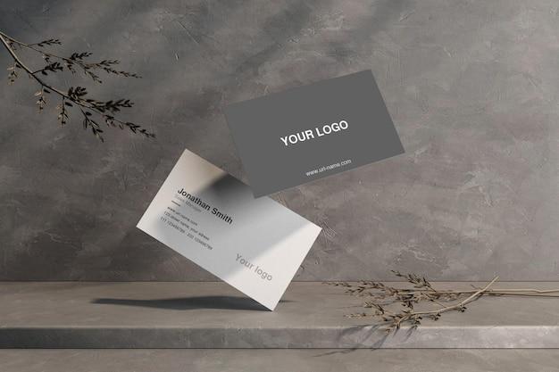 Чистый минимальный макет визитки на бетонном полу