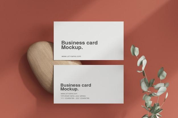 Чистая минимальная визитка с макетом листа