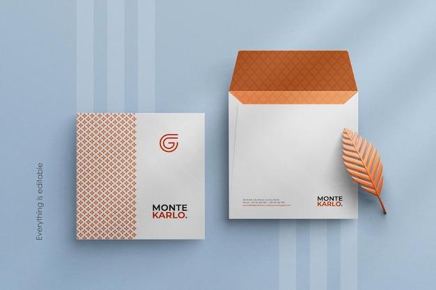 正方形サイズのカスタムシーンクリエーターで最小限の企業封筒モックアップをクリーンアップ