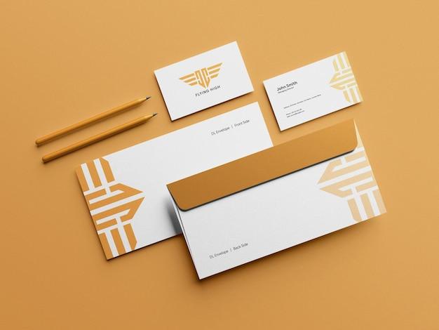 Dl 봉투 모형이 있는 깨끗한 현대적인 명함