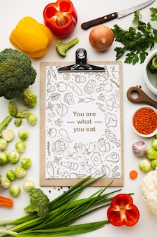Clipboard with healthy vegetables