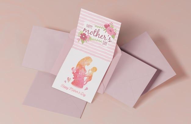 클로즈업 어머니의 날 인사말 카드