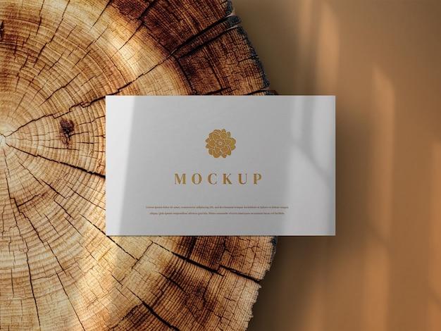 Крупным планом на красивый макет визитной карточки
