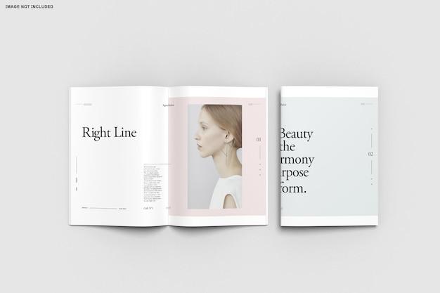 Крупным планом каталог брошюр, сложенных в два раза