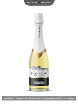 シャンパンボトルのモックアップにクローズアップ