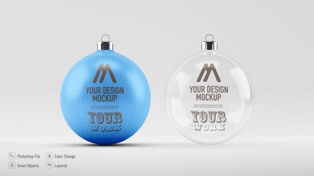 孤立したクリスマスボールのモックアップにクローズアップ