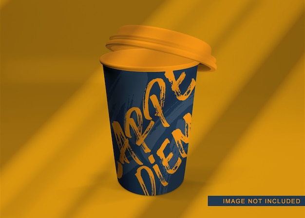 Крупным планом на плавающий макет кофе изолирован