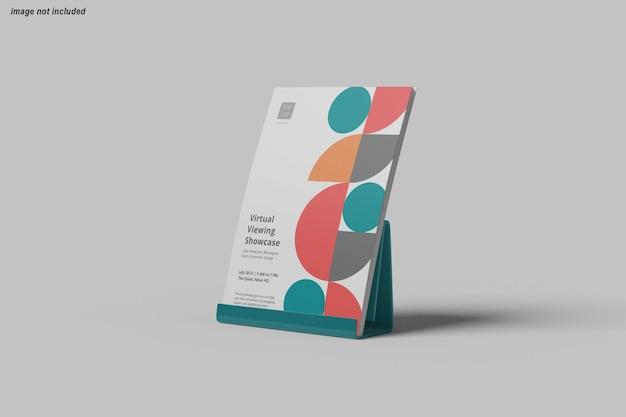 Крупным планом на флаер дизайн макета плаката