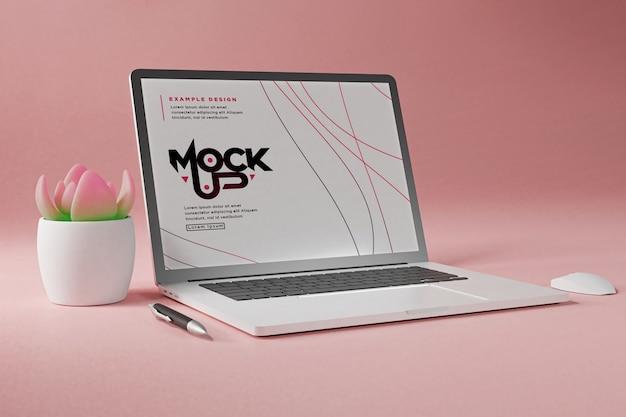 Крупным планом на макете ноутбука