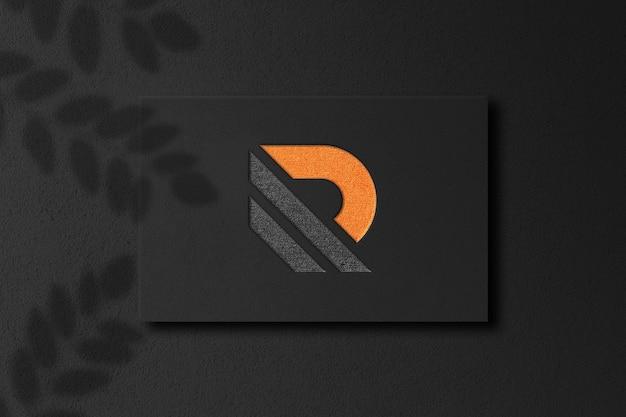 Макет логотипа с тиснением крупным планом