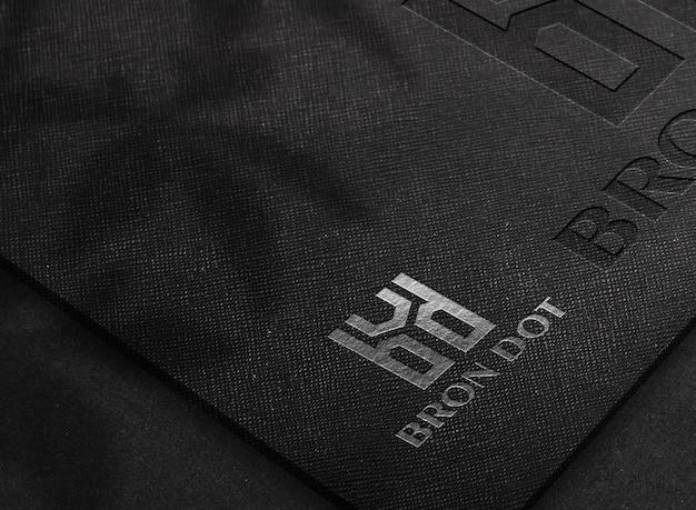 Luxury foil logo mockup에 닫기