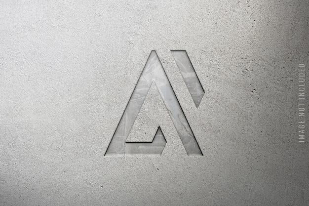 Крупным планом на роскошный логотип макет на мраморе