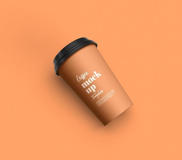 コーヒー カップのモックアップのパッケージをクローズ アップ