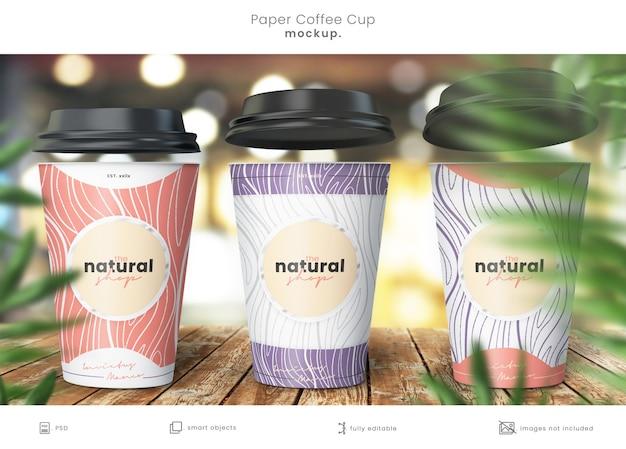 Макет дизайна бумажной чашки кофе крупным планом