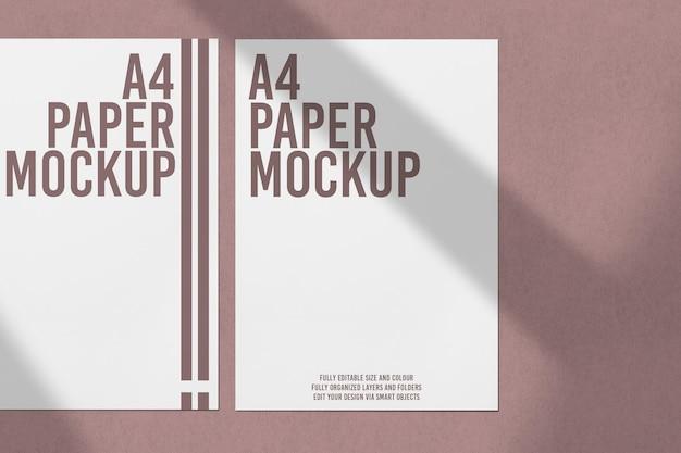 紙のモックアップデザインのクローズアップ