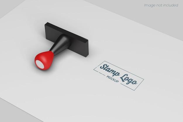 Крупным планом на макете логотипа марки перспективы