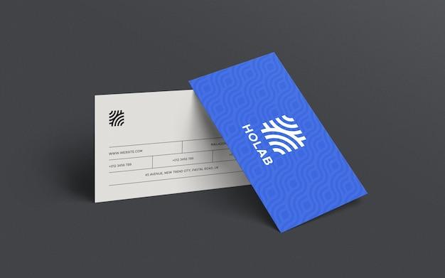 Крупным планом на макете наклонной визитной карточки