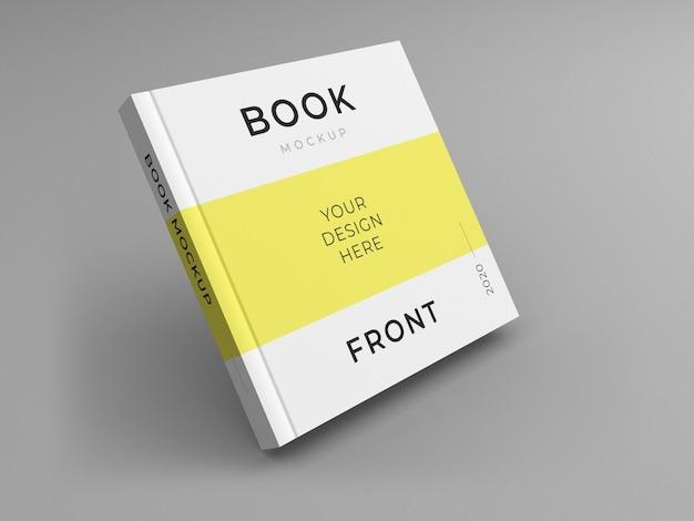 正方形の本の表紙のモックアップにクローズアップ